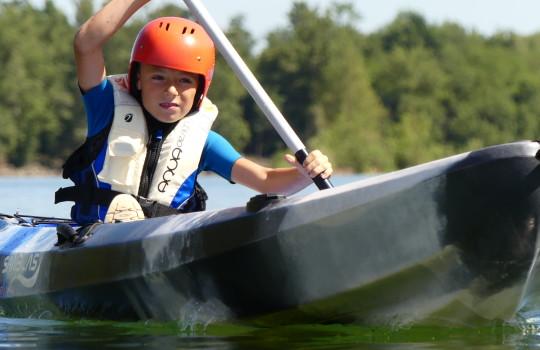 Scuola dii canoa per bambini